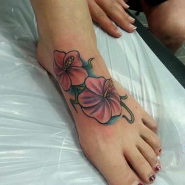 Tattoo by Steve – Flowers on Foot
